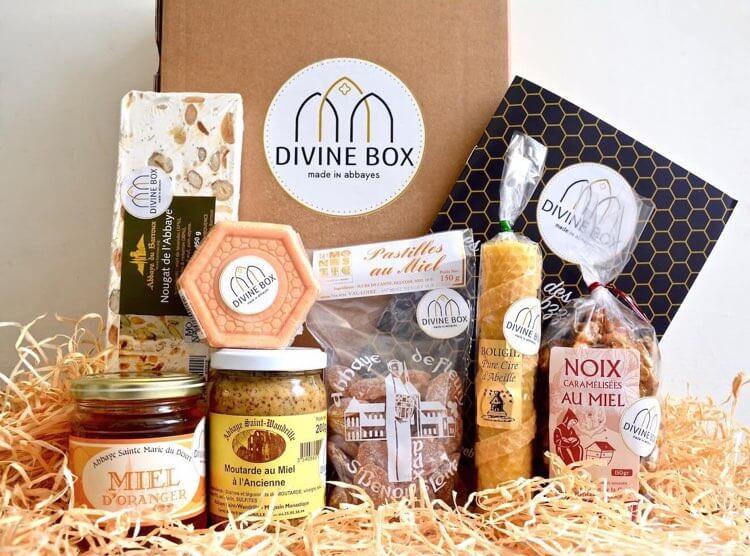 Divine Box de mai thème du miel et de la ruche