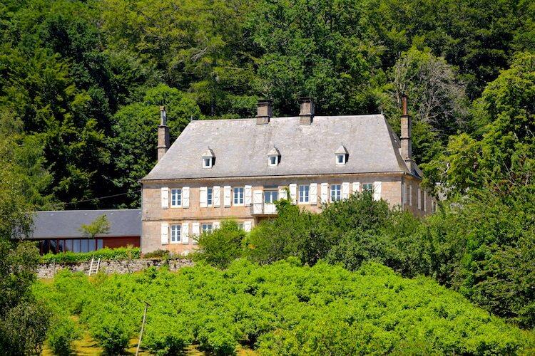 Monastère du Jassoneix - Château du Jassoneix - Divine Box