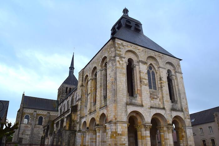 Abbaye de Saint-Benoit-sur-Loire - Divine Box