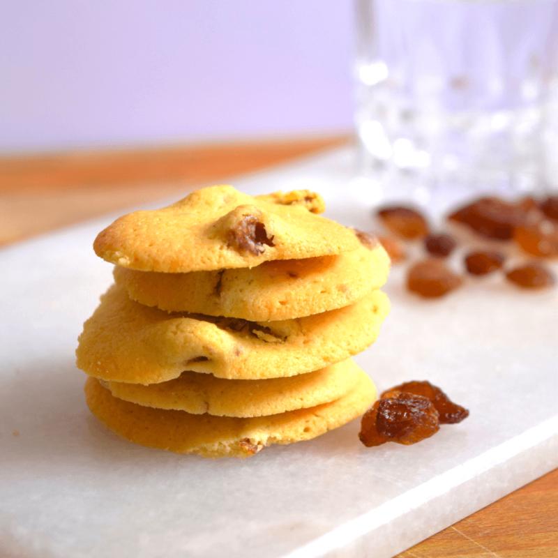 Biscuits Dollars aux raisins et au rhum - Carmel de Vinça - Divine Box