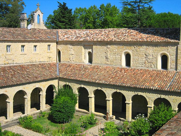 Cloître Abbaye Sainte-Marie du Rivet-Divine Box