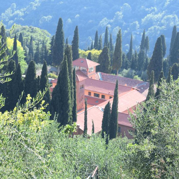 L'abbaye de Castagniers en Provence