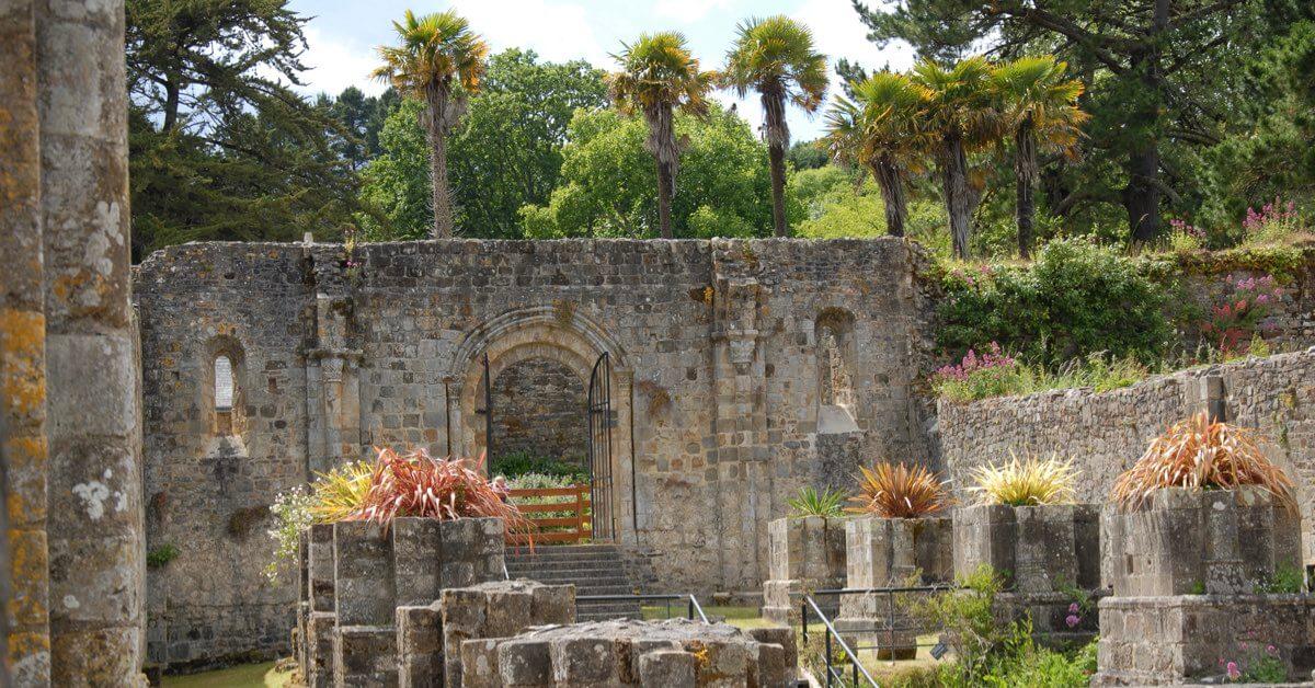 Ruines Landévennec -Divine Box