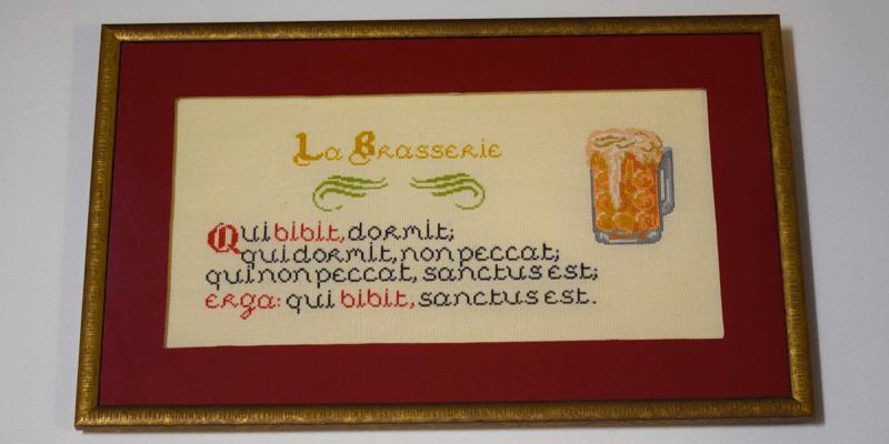 Les moines de l'abbaye de Saint-Wandrille ont affiché un bien curieux proverbe dans leur brasserie…