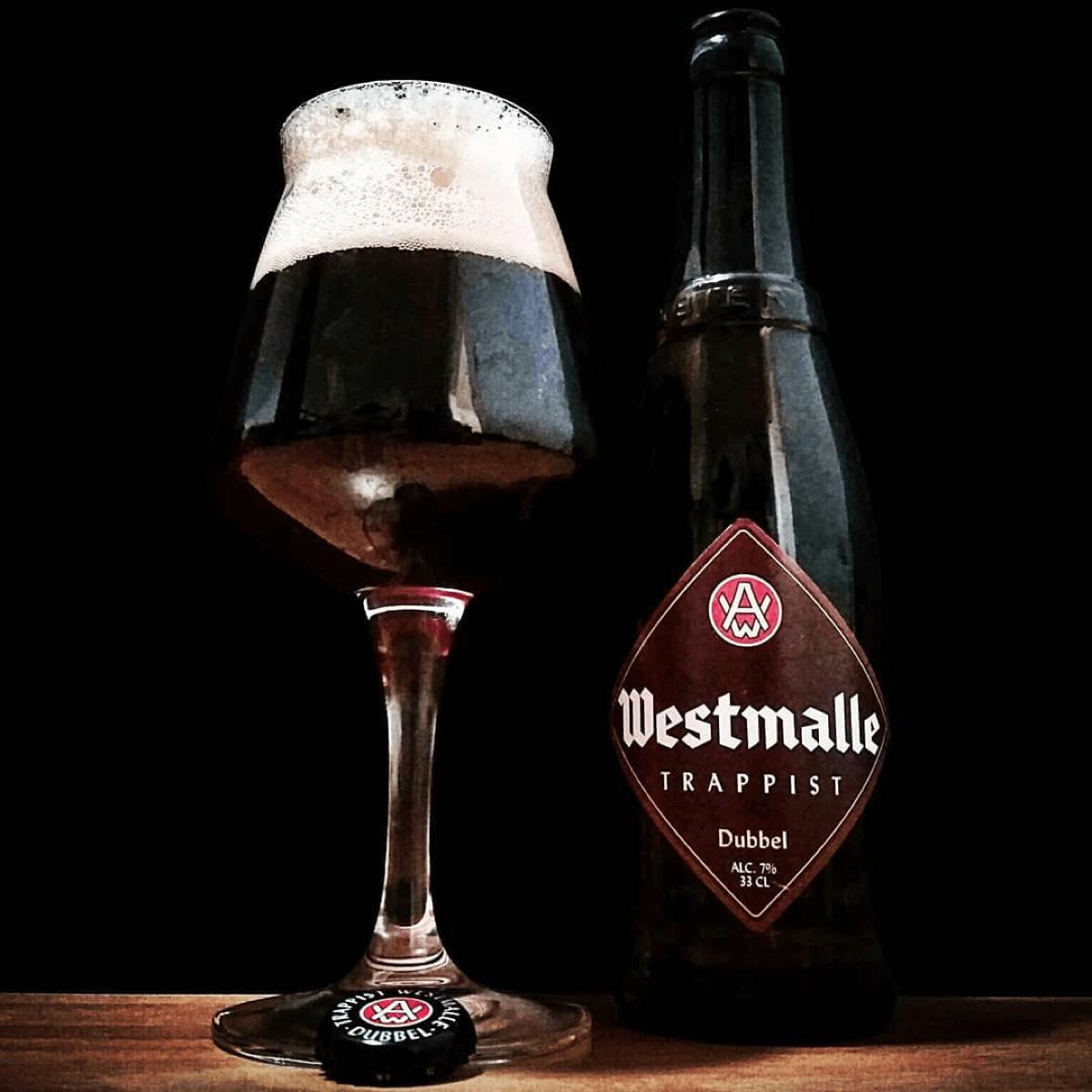La Westmalle Dubbel est notée 99/100 sur le site RateBeer, ce qui en fait l'une des bières les plus appréciées au monde