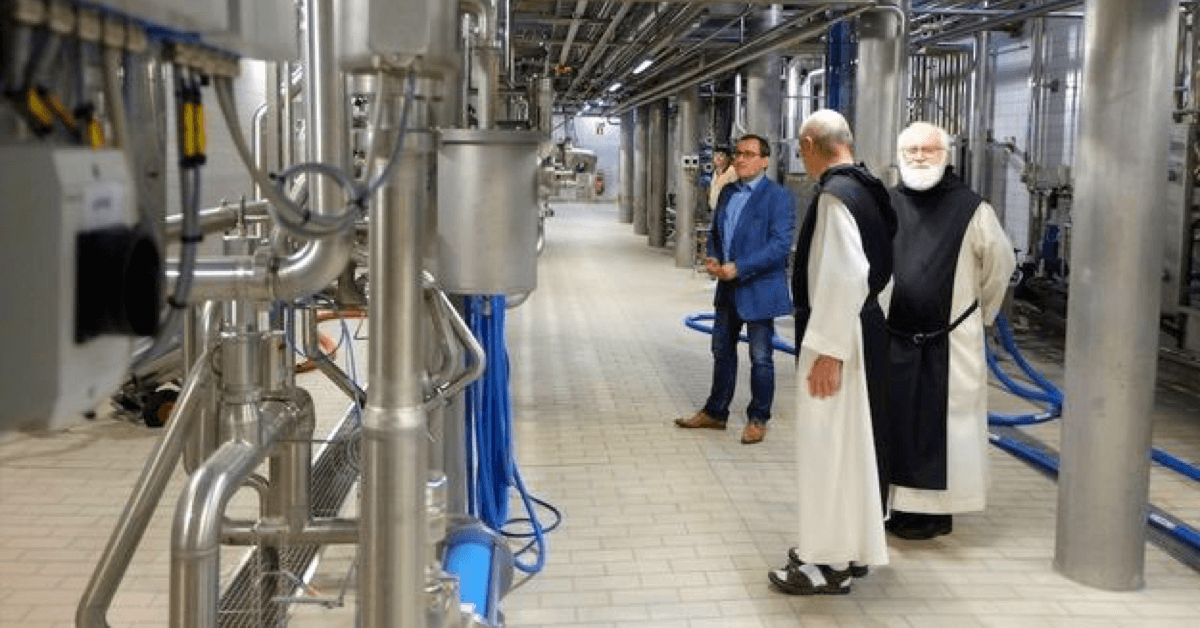 Les moines de l'abbaye de Scourmont perpétuent encore aujourd'hui leur tradition brassicole