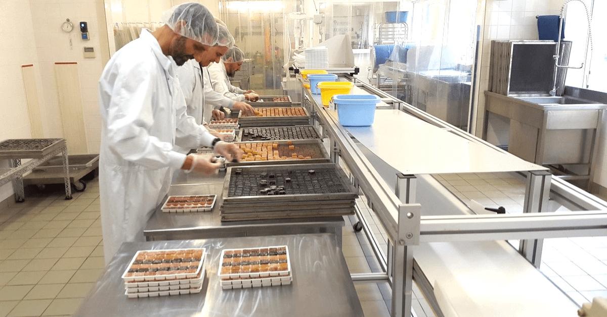 Pour réaliser leurs pâtes de fruits, les frères de Tournay font appel à un savoir-faire hyper précis