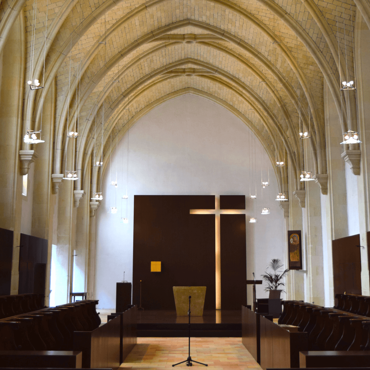 Eglise abbatiale - Abbaye Notre-Dame des Gardes - Divine Box