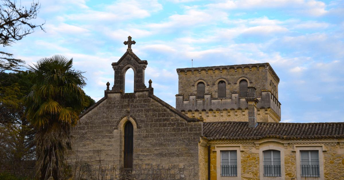 L'abbaye a su résister à l'épreuve du temps avec l'aide de puissants soutiens - Divine Box