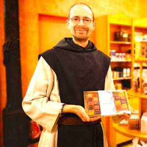 Un frère et ses pâtes de fruits - Abbaye de La Trappe de Soligny