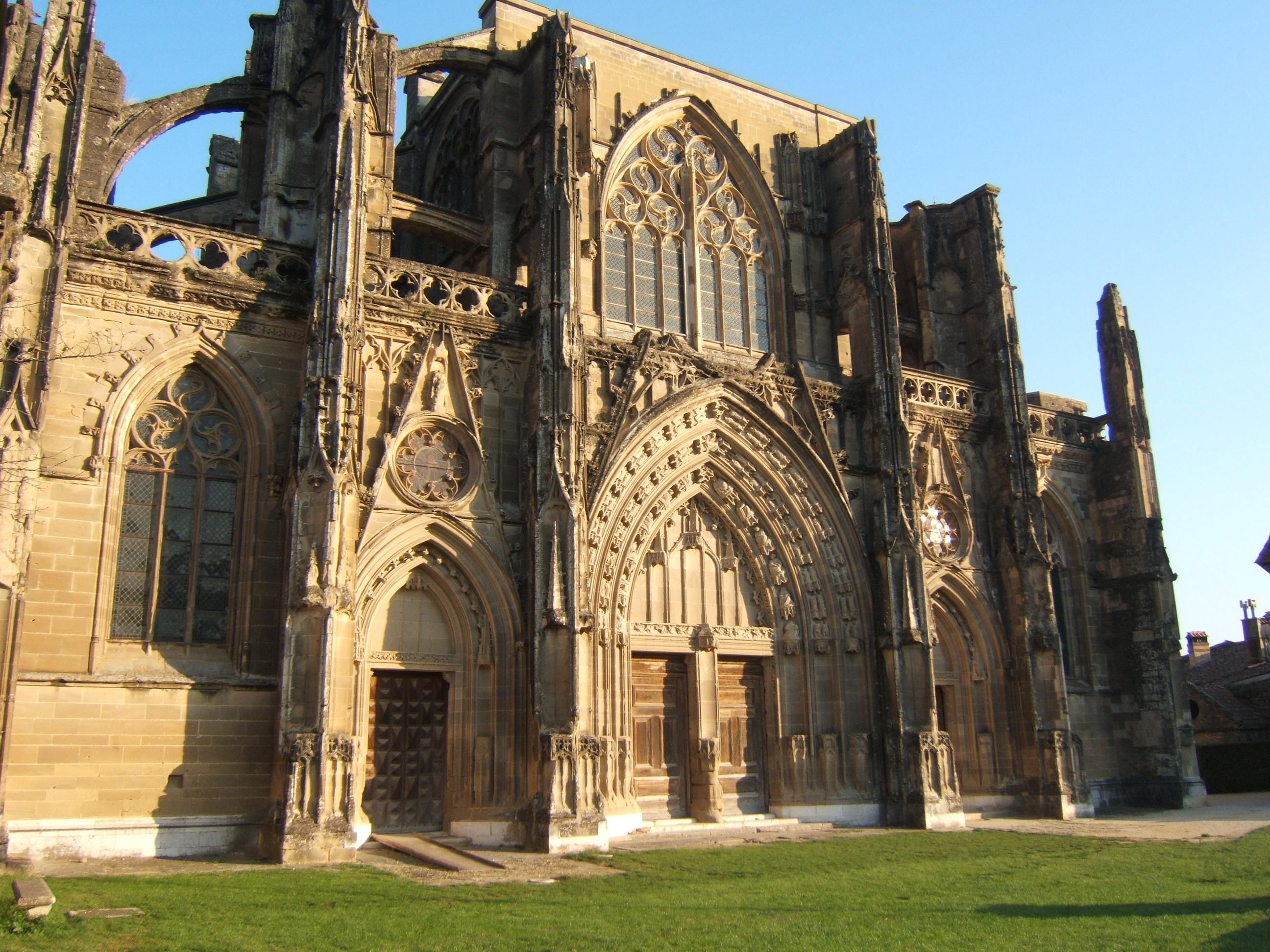Saint-Antoine l'Abbaye - isere-tourisme.com