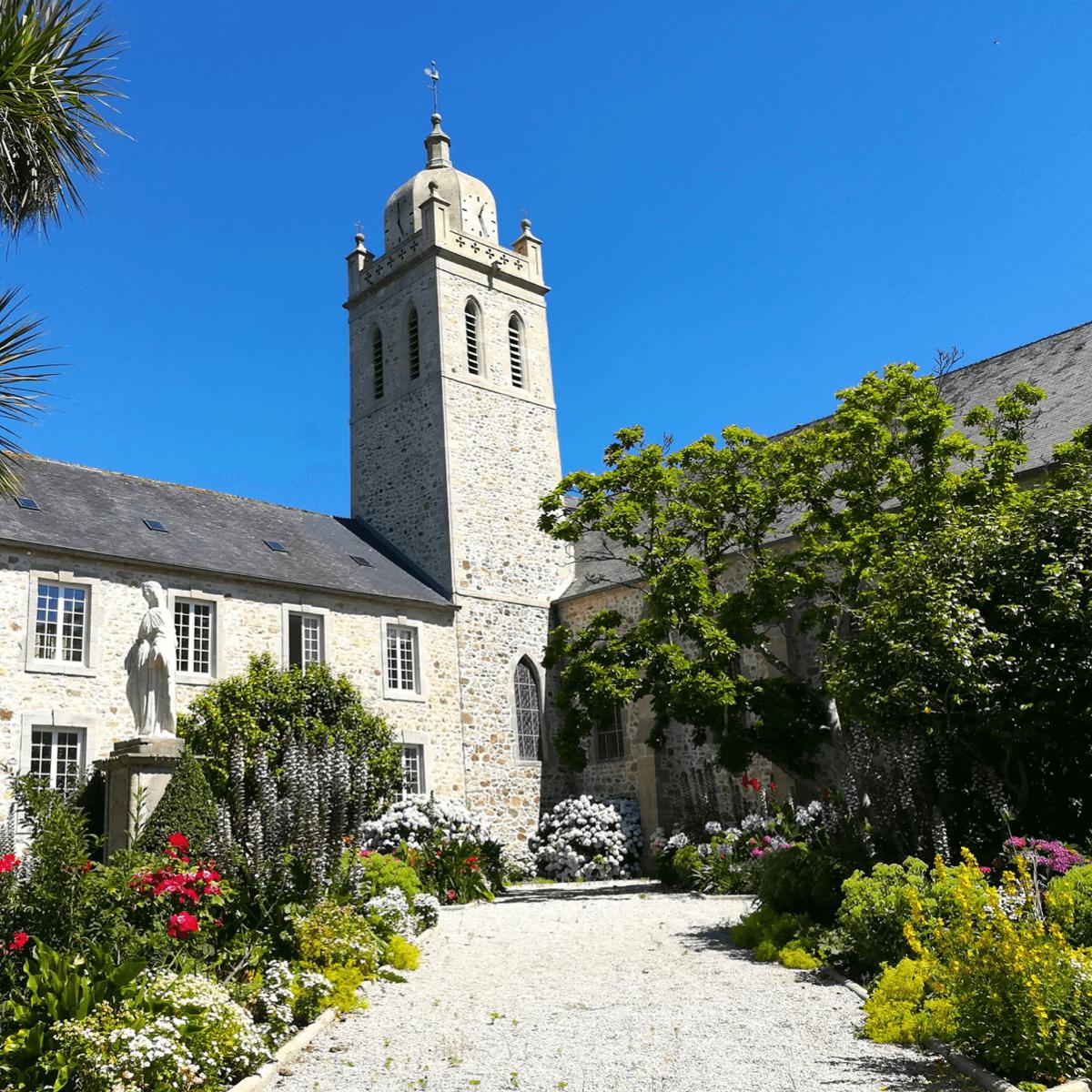 Abbaye de Scourmont sous la neige - Crédit photo : Le Virage - Divine Box