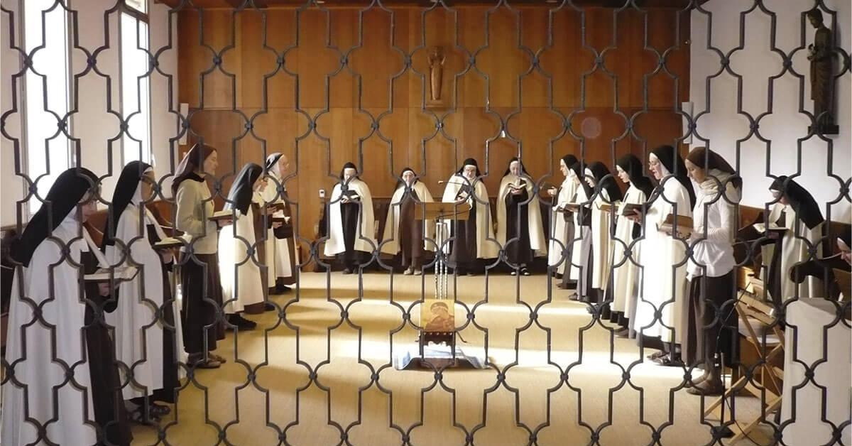 Soeurs du Carmel de Lourdes - Divine Box