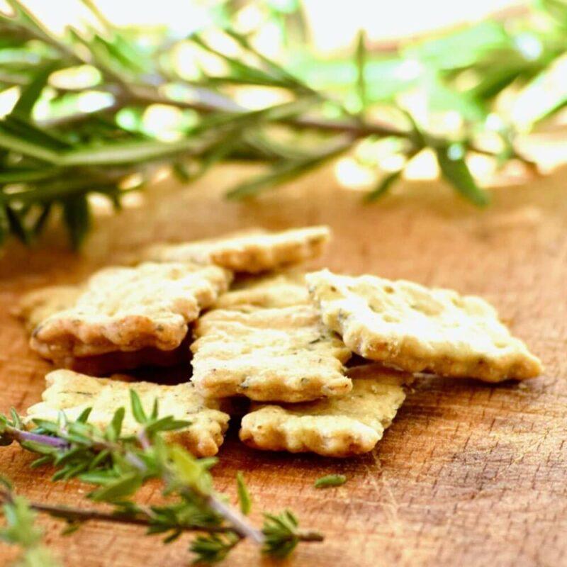 Crackers aux herbes de Provence SCENE - Monastère de l'Annonciade de Thiais