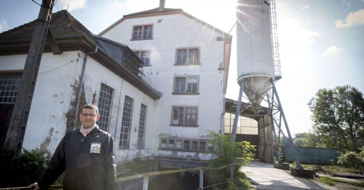 Devant le moulin-Abbaye d'Oelenberg-Divine Box